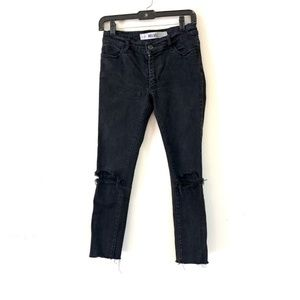 Melville: Black Distressed Skinny Jeans